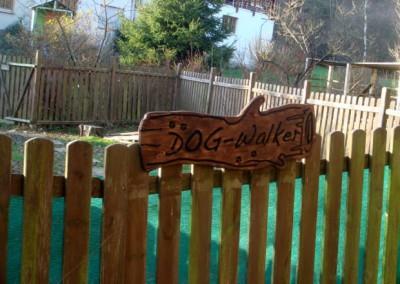 dogwalkerschildgarten